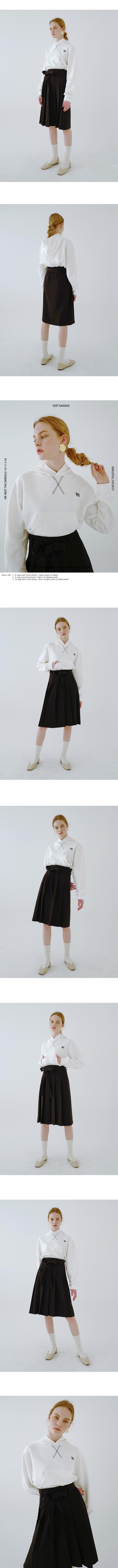 루흠(RUHM) RH 로고 포인트 후드 티 - 네이비